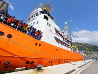 Haar in de boter tussen Italië en Frankrijk door vluchtelingenschip Aquarius
