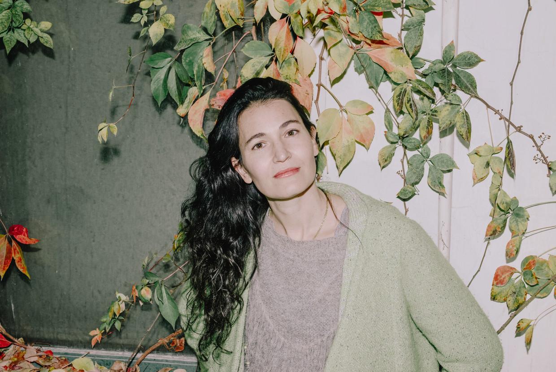 Nicole Krauss: 'Ik heb een vluchtige ziel geërfd, denk ik. Het idee van één bepaalde woonplaats is me vreemd.' Beeld Goni Riskin