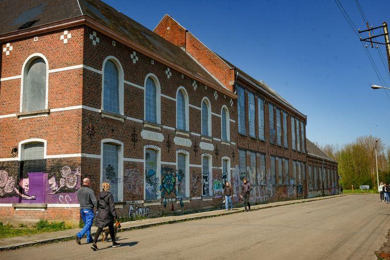 School in het dorp Doel. Beeld Marc Baert
