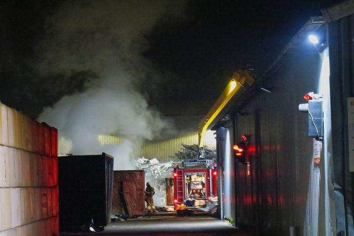 Brand bij Van Tuyl Metaalrecycling aan de Lekstraat in Oss.