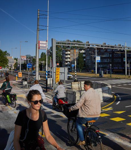 Meer ruimte voor fietsers rond Erasmusbrug:  autorijstroken opgeofferd