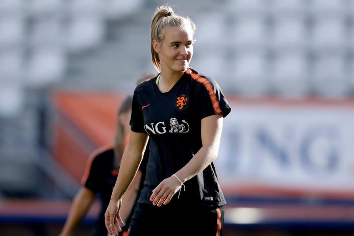Jill Roord speelt vanavond haar 50ste interland voor het Nederlands vrouwenelftal.