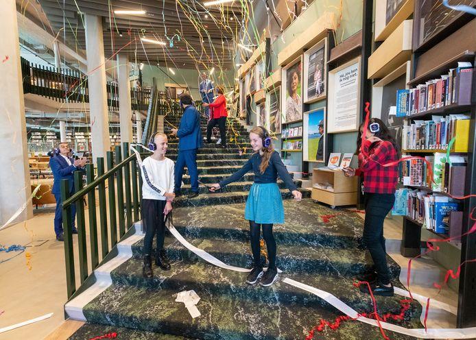 Feestelijke opening bibliotheek centrum Alphen aan den rijn