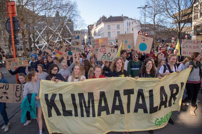 10.000 deelnemers op klimaatmars Gent.