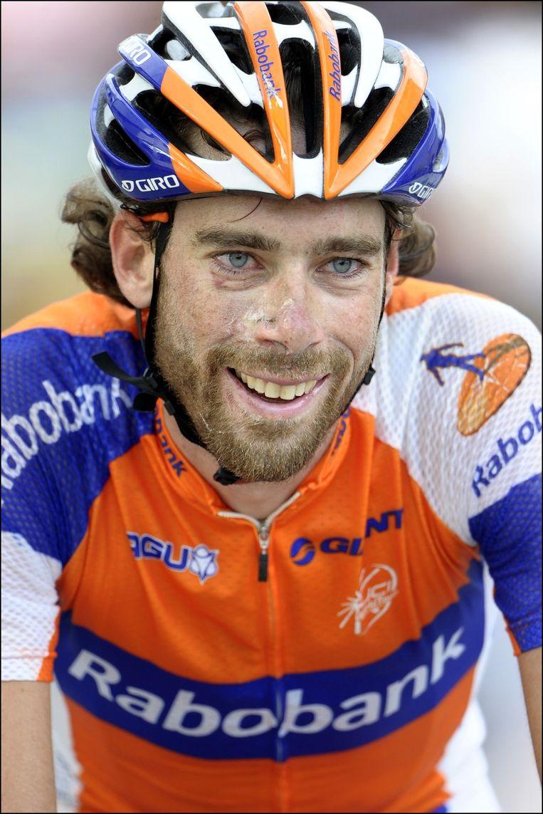Nu weten we waarom Laurens ten Dam met een glimlach tot achter zijn oren over de streep bolde... Beeld PHOTO_NEWS
