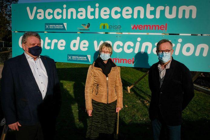 De opening van het vaccinatiecentrum in Wemmel.