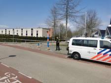 Explosieven-specialisten Defensie gearriveerd bij geëvacueerde basisschool Hengelo