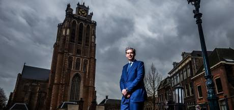 Burgemeester heeft er zin in: 'Niet alleen binnenstad, ook rauwe industriële kant Dordt straks op tv'