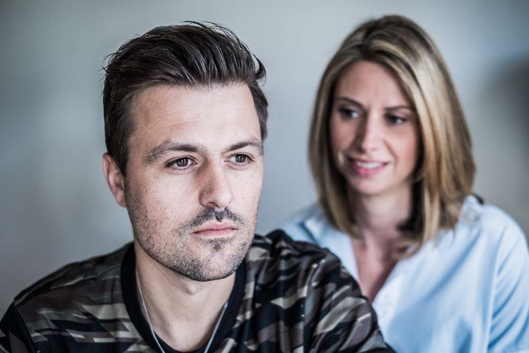 Joeri kon zijn gokverslaving lang verborgen houden voor zijn partner Debora. Beeld Bob Van Mol