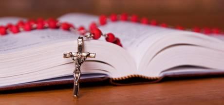 'Kabinet, stop delen persoonsgegevens met kerk'