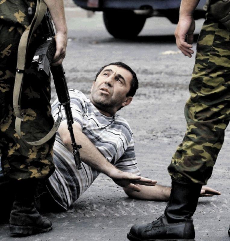 Rusland laat zien wie de baas is in de Kaukasus. ( FOTO REUTERS) Beeld REUTERS