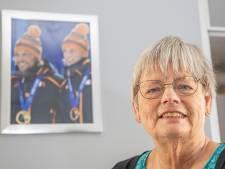Leidy Mulder, moeder van schaatstweeling Ronald en Michel: 'Bij de start kijk ik nooit naar het ijs, te spannend'
