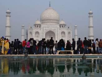 Taj Mahal limiteert bezoeken tot 3 uur om te vermijden dat mensen er de hele dag blijven