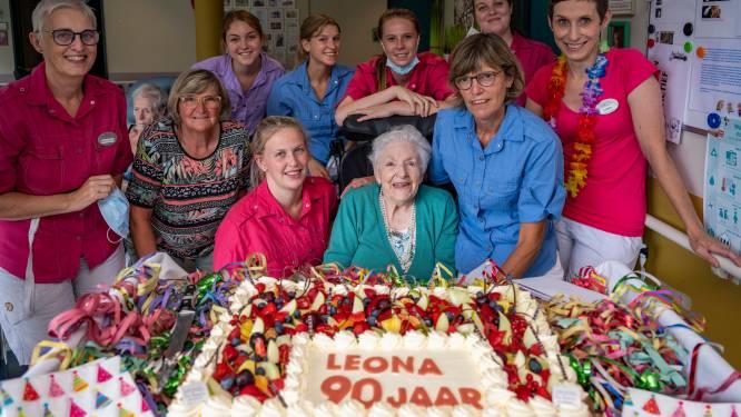 Sint-Jozef zet Leona (90), die al 43 jaar in woonzorgcentrum woont, in de bloemetjes