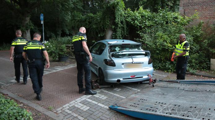Politie lost waarschuwingsschot in Rijswijk bij aanhouding.