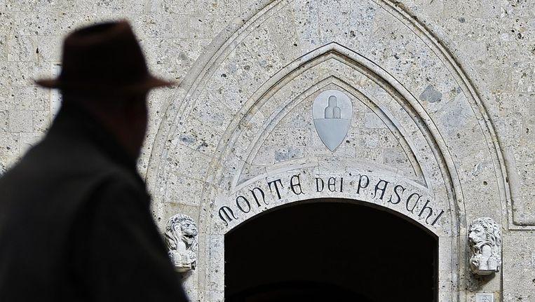 Monte dei Paschi di Siena, de oudste bank ter wereld, kreeg vorig jaar voor bijna 17 miljard euro aan noodkredieten en staatsgaranties toegezegd van de Italiaanse overheid Beeld anp