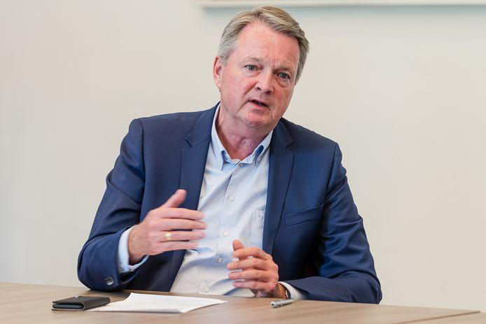 Wethouder André Landwehr van de Bilt tijdens de presentatie van de begroting 2021.