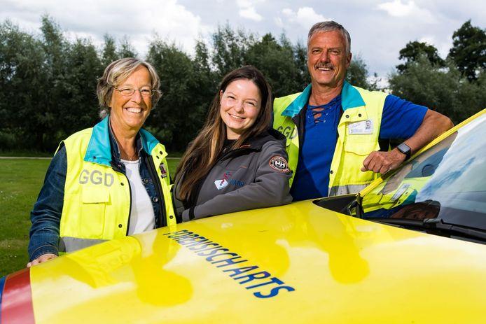 Marijke van Keulen en Sieb van Kuijk met dochter Sophie Werkhoven.