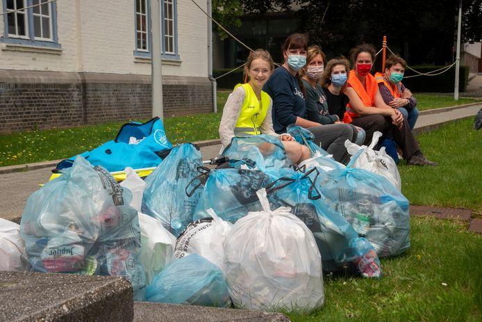 Oostrozebeke zoekt vrijwilligers voor de jaarlijkse zwerfvuilactie.