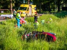 Frontale botsing scooter en auto in Eindhoven: twee zwaargewonden