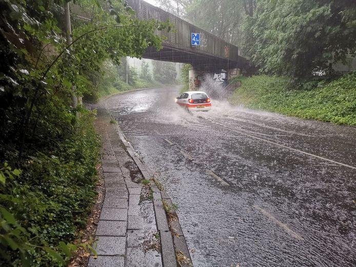 In Hengelo is deze tunnel ondergelopen met water.