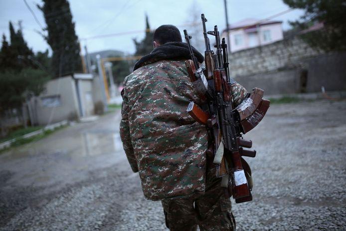 Een soldaat in Nagorno-Karabach.