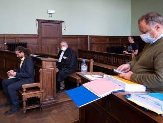 """Proces tegen Marc Van Ranst na dagvaarding door Nederlands coronascepticus uitgesteld naar augustus: """"Dit is een voorbeeld van procesmisbruik"""""""