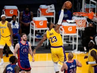LeBron James loodst LA Lakers langs Detroit, Golden State verliest ondanks 57 punten Curry