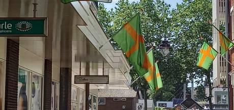 Groesbeekse Ondernemers hangen massaal de Vierdaagse vlag uit
