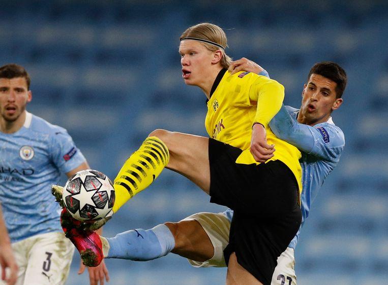 Wonderkind Erling Haaland kan dit keer niet scoren voor Dortmund. Beeld REUTERS