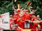 """#REDCHALLENGE. Zonhoven gaat de uitdaging aan en kleurt helemaal rood: """"Rode Duivels gaan nog heel ver geraken!"""""""