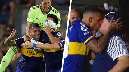 Doldwaze scènes in Buenos Aires: halfgod Tévez knalt Boca naar titel, verliezend coach Maradona trakteert hem op passionele kus