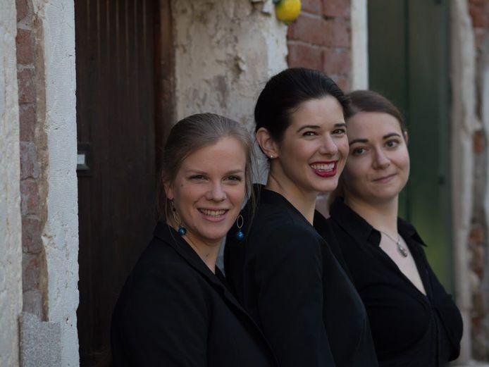 Marie Verstraete (vooraan) maakt ook deel uit van het Ensemble Isabella.