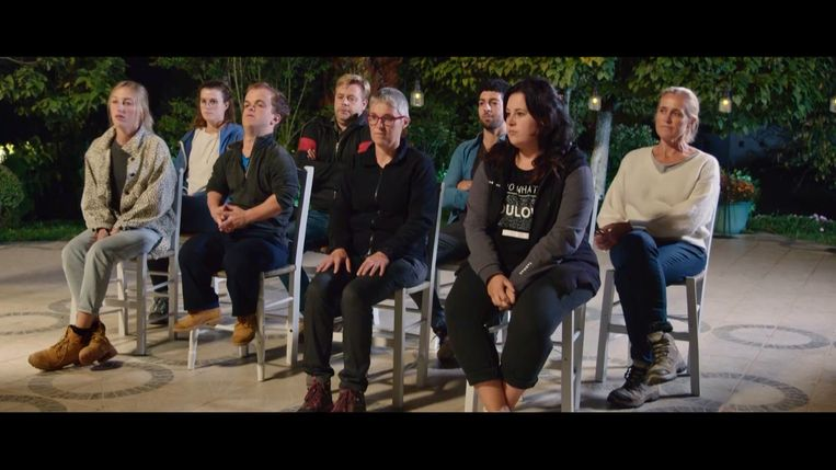 Els kreeg een rood scherm aan het einde van de derde aflevering. En toen waren ze nog met zeven.
