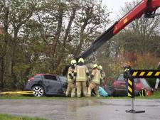 Twee personen gewond bij botsing in Dreischor: één automobilist bekneld
