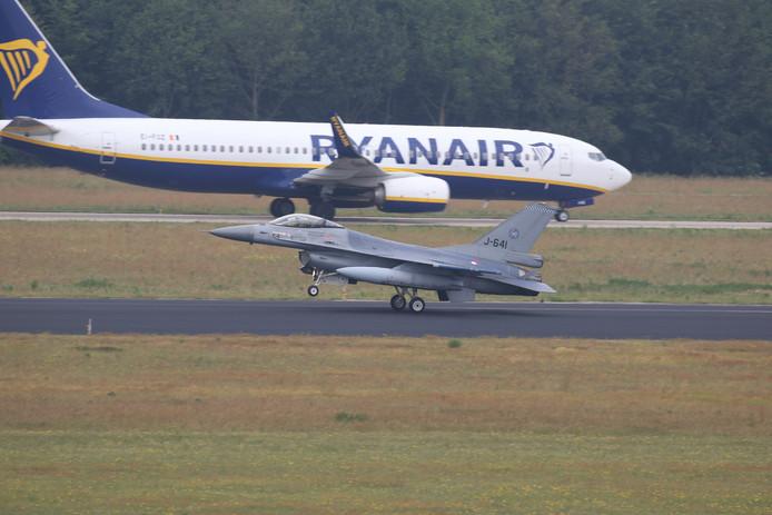 Drie dagen lang vliegen acht F-16's vanaf Vliegbasis Eindhoven