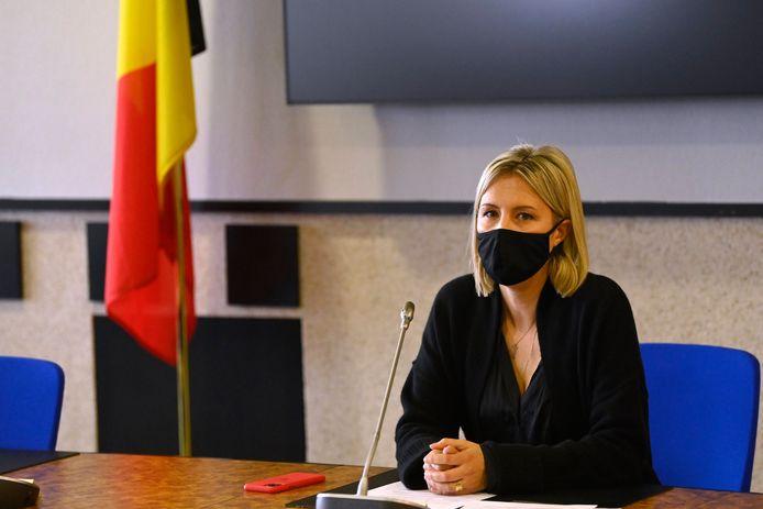 minister van Defensie, Ludivine Dedonder (PS)