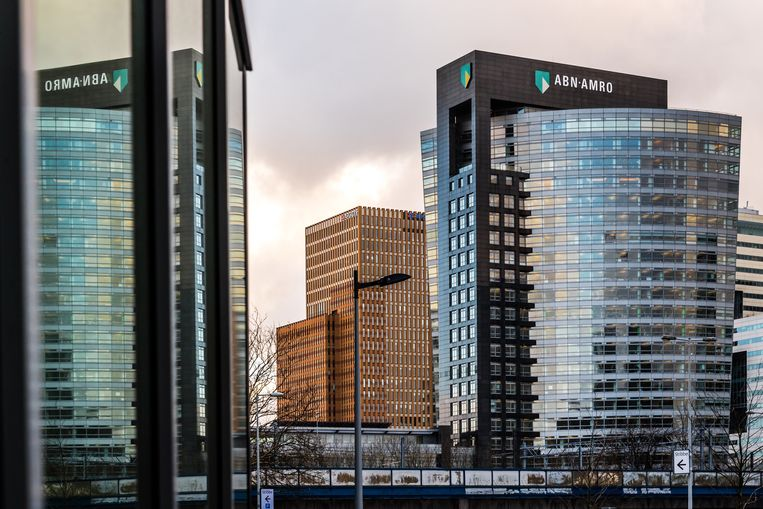 Het hoofdkantoor van ABN Amro in Amsterdam. Beeld Bloomberg via Getty Images