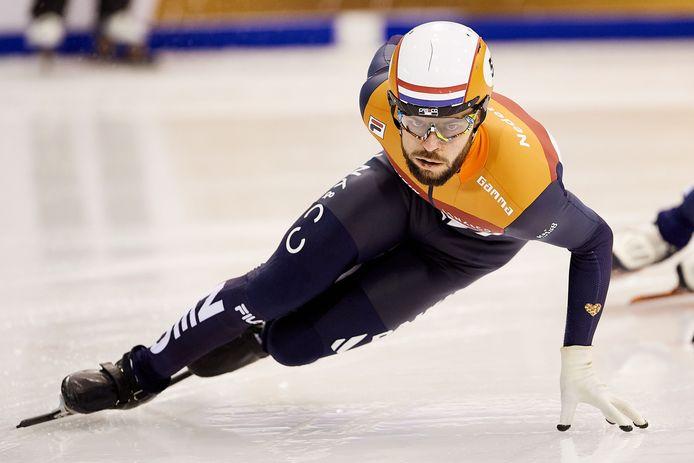 Sjinkie Knegt tijdens de voorronde van de 1500 meter op de EK in Gdansk in januari