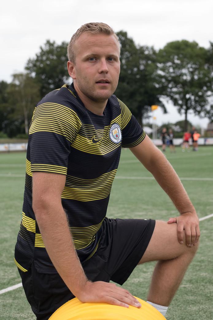 Daniël van Munster verloor het plezier in korfbal en wil dat bij De Meeuwen als speler en als trainer terugkrijgen.