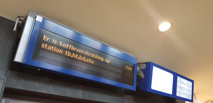 Reizigers kunnen op sommige stations gratis koffie halen.