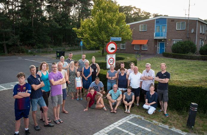 De omwonenden van het Brigadegebouw aan de Graaf Reinoldweg in 't Harde.