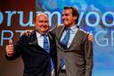 Thierry Baudet en Henk Otten tijdens een congres van Forum voor Democratie. Ottten zou later met slaande deuren vertrekken bij de partij.