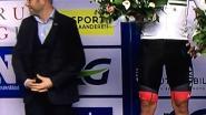 """Schepen Janssens draait met duimen op  podium AG Driedaagse: """"een geheim teken voor mijn zoontjes"""""""