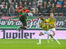 LIVE | Vitesse leidt halverwege Gelderse derby door doelpunt Baden Frederiksen