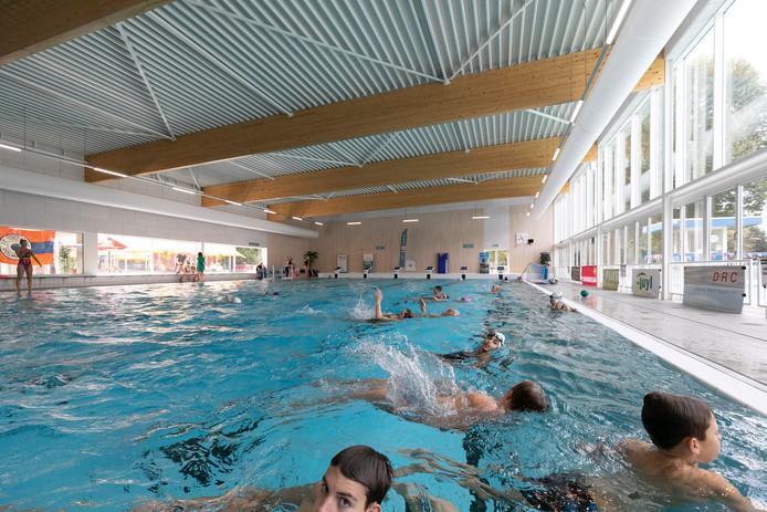 Zwembad Den Bosch.Rosmalen Schrikt Van Dure Kaartjes Kwekkelstijn Den Bosch