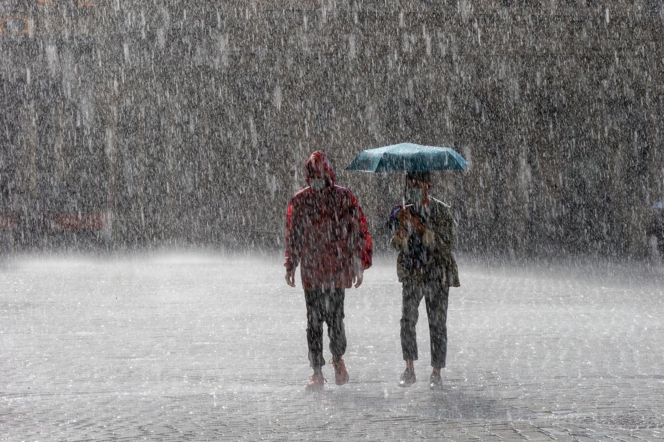 L'orage s'est abattu sur Bruxelles ce dimanche soir mais les conséquences restent très limitées