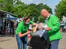 'Hupsakee, meteen een prik halen': Direct een vaccin voor wie dat wil in speciale bus van de GGD