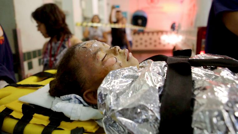Tientallen kinderen werden met zware brandwonden opgenomen nadat een bewakingsagent een kinderdagverblijf in de staat Minas Gerais in Brazilië in brand stak.