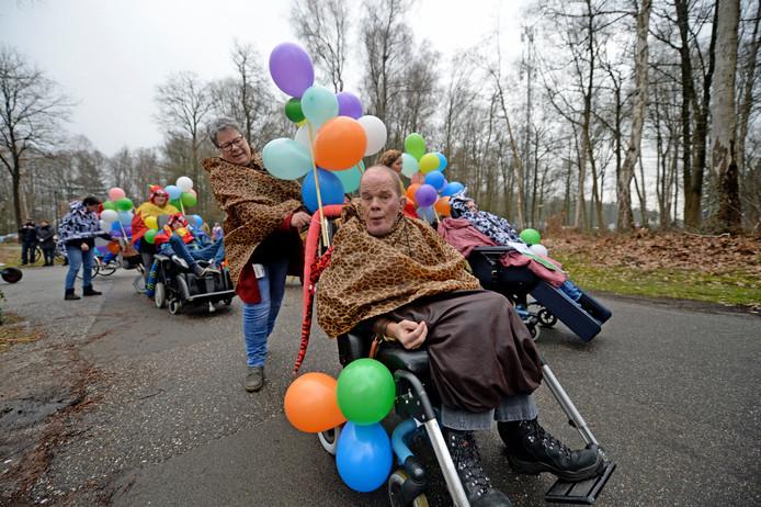 De Losserhof heeft voor het eerst sinds 40 jaar weer een eigen carnavalsoptocht.
